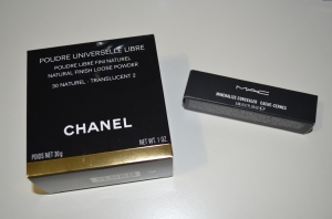 Chanel Poudre Universelle Libre in 30 & MAC Mineralize  Concealer in NC42.